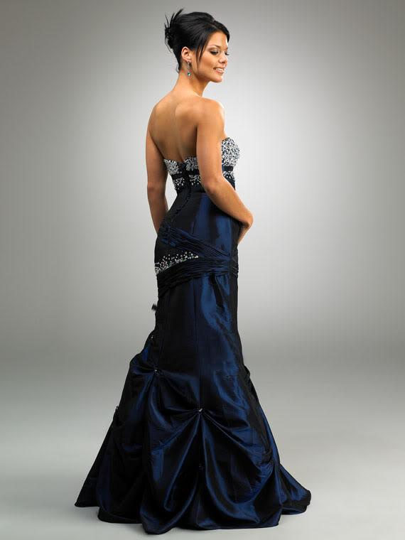 plesové šaty na maturitní ples modré 2012 - plesové šaty f6a24a029c